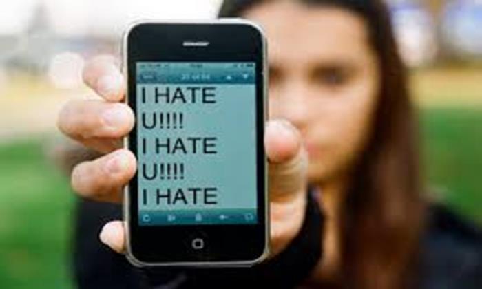 Anak Anda Target Cyber Bullying Lewat Smartphone