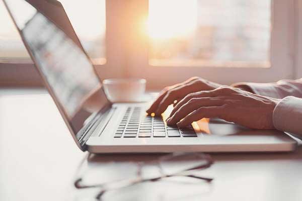 APJII : Jumlah Pengguna Internet Indonesia Semakin Meningkat