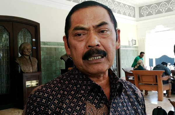 Pegawai Pemkot Solo Wajib Pakai Baju Batik Selama Sepekan