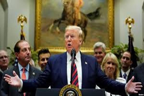 Trump Sahkan Dana Bantuan Covid-19 Sebesar US$ 900 Milyar