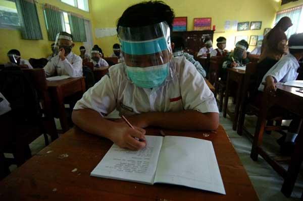 Di Karanganyar, Pembelajaran Tatap Muka Masih Terlarang