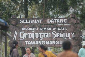 Jumlah Pengunjung Kawasan Wisata Tawangmangu Turun Imbas Takut Rapid Tes