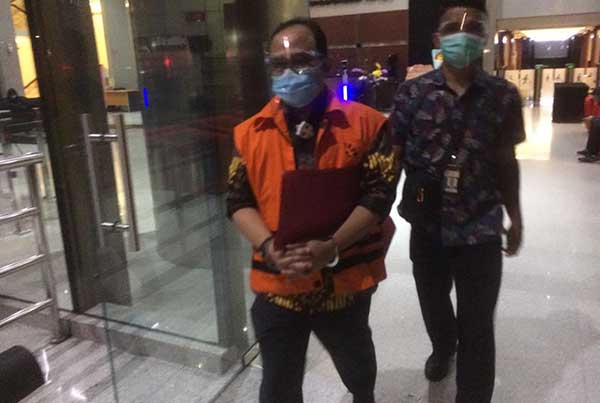KPK Kembali Periksa Satu Saksi Untuk Dalami Tersangka Fathor Rachman