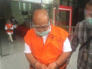 KPK Limpahkan 5 Tersangka Kasus Suap Pemkab Kutai Timur