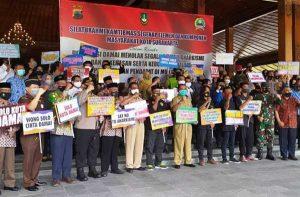 Kepala Sekolah Hingga Ormas, Deklarasi Tolak Demo Anarkistis Untuk Solo Kondusif
