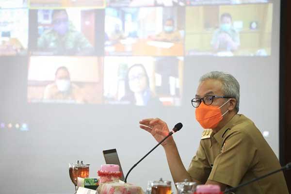 Ganjar Pranowo Digugat Oleh Pengusaha Karena Naikkan UMP 2021
