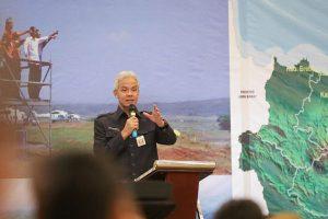 Gubernur Jawa Tengah Umumkan UMK 2021 di 35 Kabupaten/Kota, Berikut Daftarnya