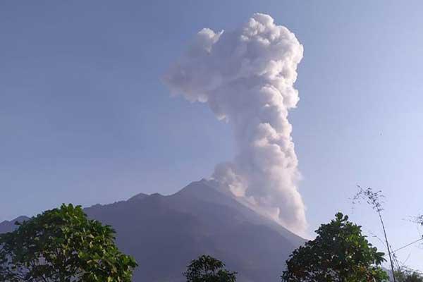 Gunung Merapi Berstatus Siaga, Waspadai Letusan Eksplosif