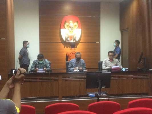 Konstruksi Kasus yang Menjerat Wali Kota Dumai Zulkifli Adnan Singkah