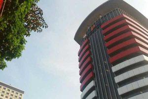 Geledah Rumah Tersangka Abdul Rozaq Muslim, KPK Amankan Sejumlah Dokumen