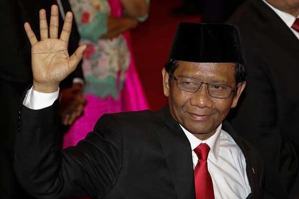 Mahfud MD Ditantang FPI Untuk Tracing di Solo & Surabaya