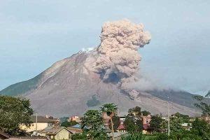 BPPTKG: Dalam 24 Jam Gunung Merapi 52 Kali Semburkan Awan Panas
