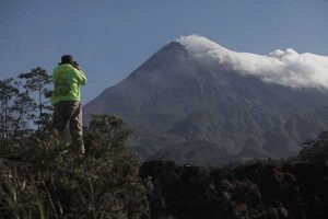 BPPTKG Memprediksi Erupsi Gunung Merapi Efusif Maksimal 5 Km