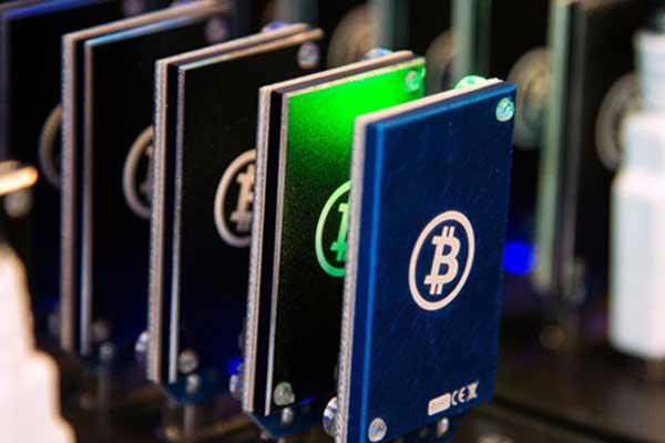 Bernasib Sial, Pria Ini Malah Buang Hardisk Berisi Bitcoin Senilai Rp 3,9 T