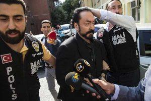 Harun Yahya Dihukum Penjara 1.075 Tahun Karena Kejahatan Seksual