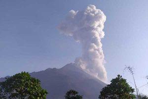 Hujan Abu Gunung Merapi Guyur Dua Kecamatan di Boyolali