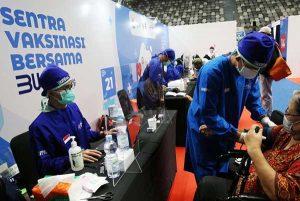 Sentra Vaksinasi bagi Lansia Dibuka di Semarang, Solo dan Banyumas Menyusul