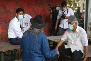 Viral Fotonya Duduk di Meja Depan Menteri Basuki, Gibran Beri Penjelasan