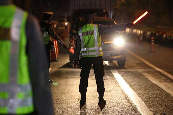 Polisi yang Loloskan Pemudik Akan Disanksi Berat