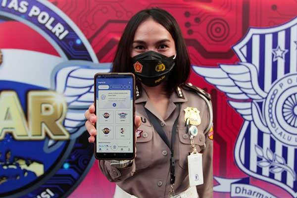 Polri Resmi Luncurkan Aplikasi Pelayanan SIM Online