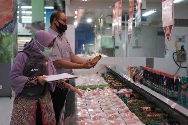 Tim Gabungan Masih Temukan Makanan Kadaluarsa Dijual Bebas