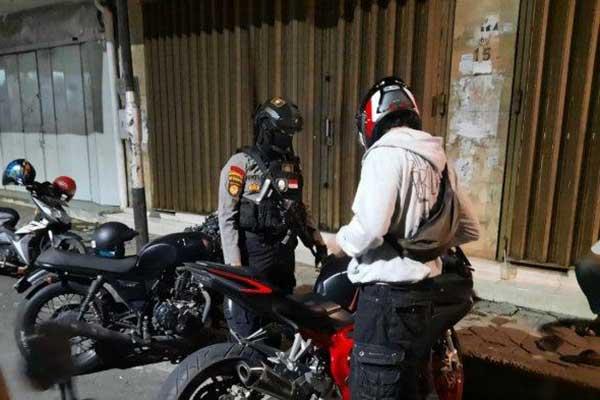 Polresta Solo Sita 7 Motor Brong Saat Kopdar di Laweyan